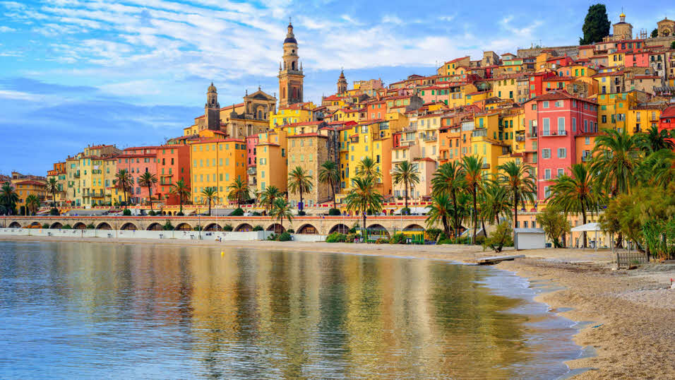 Traveling Through France, Tourism, Gift Shops